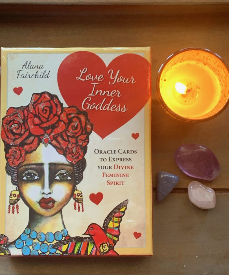 love your inner goddess oracle